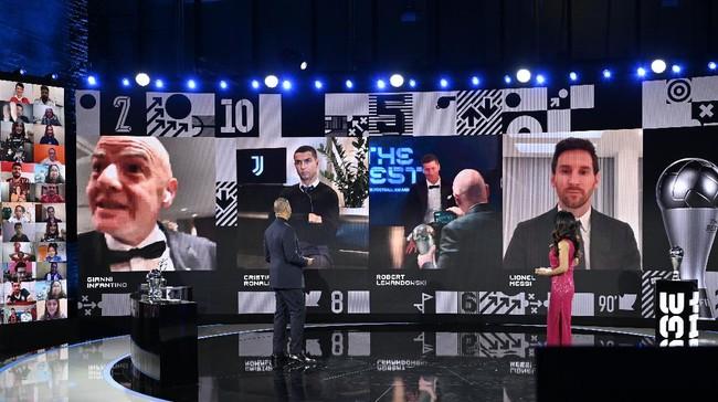 Pemenang Best FIFA Football Awards 2020 rampung digelar dan Robert Lewandowski dinobatkan sebagai pemain terbaik dunia.