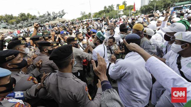 Polisi menyatakan kegiatan kelompok yang tidak terdaftar sebagai ormas bisa dibubarkan atau dilarang, termasuk Front Persatuan Islam pengganti FPI.