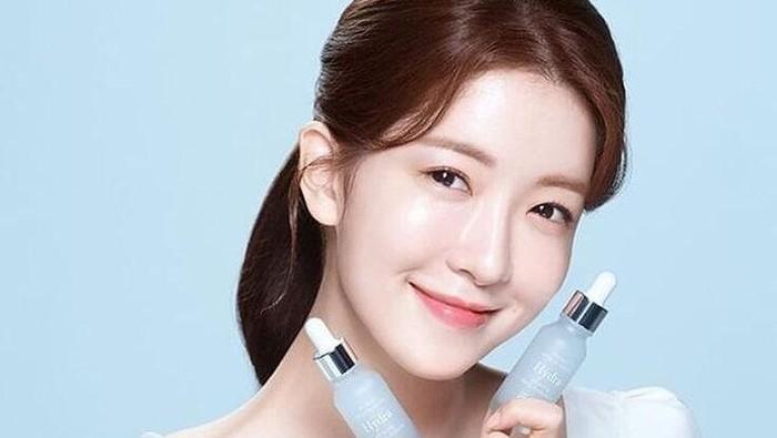 Skincare Wajib Digunakan Wanita Usia 40 Tahun, Kulit Jadi Kencang dan Awet Muda