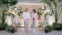 <p>Finalis Puteri Indonesia 2017, Karina Nadila, menikah dengan Rangga Prihartanto pada Sabtu, 19 Desember 2020. (Foto: Instagram @karinadila8921)</p>