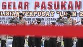 Personel TNI/Polri di berbagai wilayah mulai menggelar apel pasukan Operasi Lilin 2020 jelang perayaan Natal dan Tahun Baru.