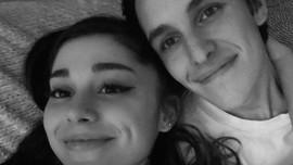 Mengenal Sosok Dalton Gomez, Tunangan Ariana Grande