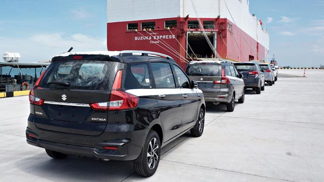Suzuki Indomobil Motor menjelaskan ekspor CBU XL7 meningkat 136 persen dan Karimun Wagon R naik 277 persen pada Januari-Maret 2021 dibanding tahun lalu.