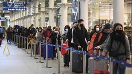 FOTO : Warga London Mudik Hindari Lockdown dan Virus Baru