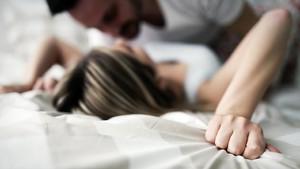 5 Posisi Seks yang Mampu Bakar Kalori Lebih Banyak