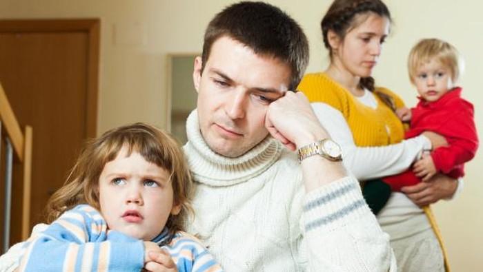 Perhatikan 4 Hal Ini Agar Tak Menjadi Toxic Parents bagi Anak