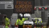 Prancis mengumumkan larangan pergerakan orang dari Inggris dengan menutup perbatasan untuk semua mode transportasi setelah muncul mutasi baru virus corona.