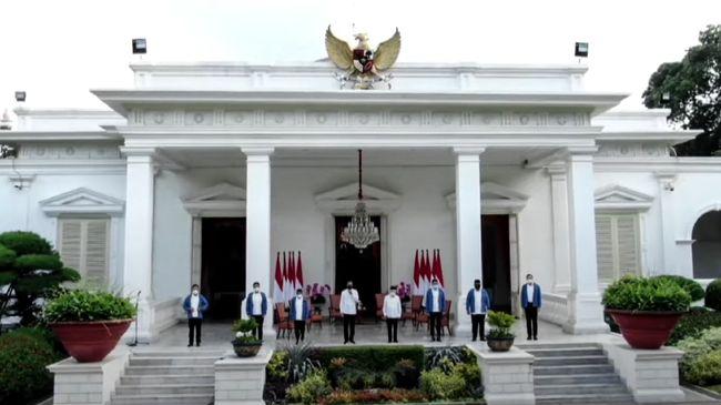 Sejak pandemi, pihak Istana menerapkan protokol ketat terhadap wartawan. Perubahan drastis terjadi pada awak media yang memberitakan kegiatan Istana dan Jokowi.