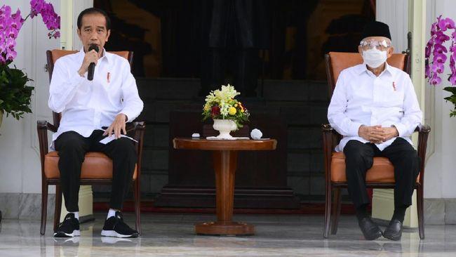 Presiden Jokowi dan Wakil Presiden Ma'ruf Amin membayarkan zakat melalui Badan Amil Zakat Nasional (Baznas) pada Kamis (15/4).