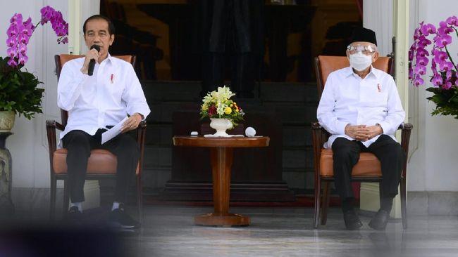 Pengamat politik memprediksi reshuffle kabinet kali ini, Jokowi kemungkinan menyasar para menteri yang terdampak pandemi Covid-19.
