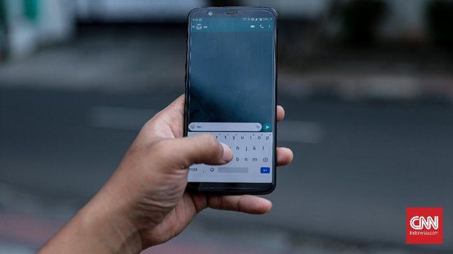 Aplikasi chat WhatsApp telah banyak dimodifikasi oleh orang lain sehingga menghasilkan aplikasi baru yang keamanannya tak terjamin.