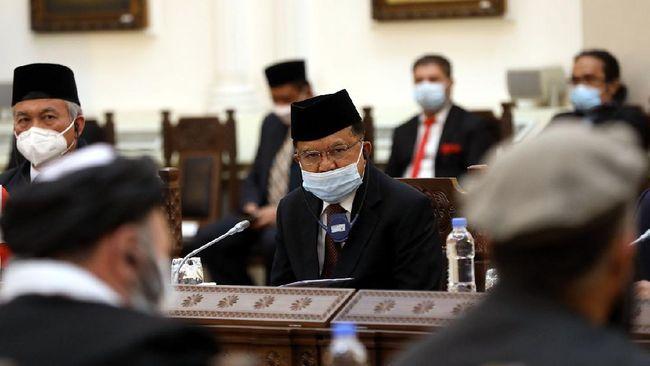 JK respons pembakaran mimbar Masjid Raya Makassar dan penembakan ustaz belakangan yang semakin marak.