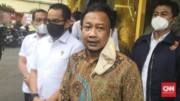 Komnas HAM mengungkap fakta bahwa polisi sempat memerintahkan untuk memeriksa ponsel dan meminta saksi di KM 50 Tol Jakarta-Cikampek menghapus rekaman.