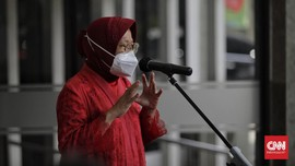 Risma Terjun Urus e-KTP untuk Suku Anak Dalam di Jambi