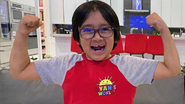 Ryan Kaji, bocah berusia 9 tahun menjadi YouTuber yang mengulas mainan dan game dengan bayaran tertinggi tahun ini.