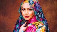 <p>Siti Nurhaliza kini tengah mengandung anak keduanya dengan suaminya, Datuk Khalid. (Foto: Instagram @ctdk)</p>