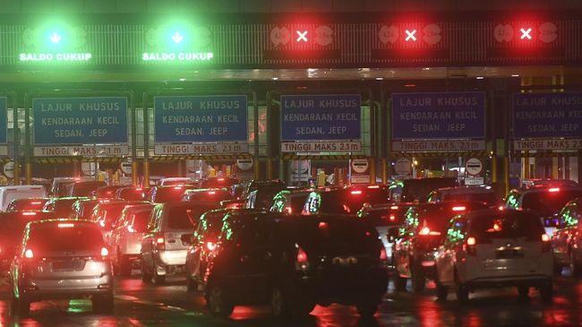 PT Jasa Marga (Persero) mencatat sebanyak 272.327 kendaraan meninggalkan Jakarta pada dua hari terakhir di tahun 2020, 30 dan  31 Desember 2020.
