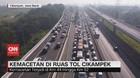 VIDEO: Kemacetan di Ruas Tol Cikampek Jelang Natal