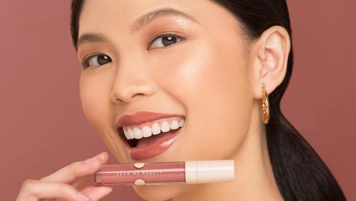 5 Warna dan Pilihan Lipstik Dear Me Beauty untuk Fair Skin Tone