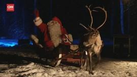 VIDEO: Santa Claus Berbagi Kado Natal di Hutan Finlandia
