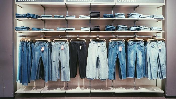 Yuk, Terapkan 5 Trik Berikut Ini Untuk Miliki Jeans Baru!