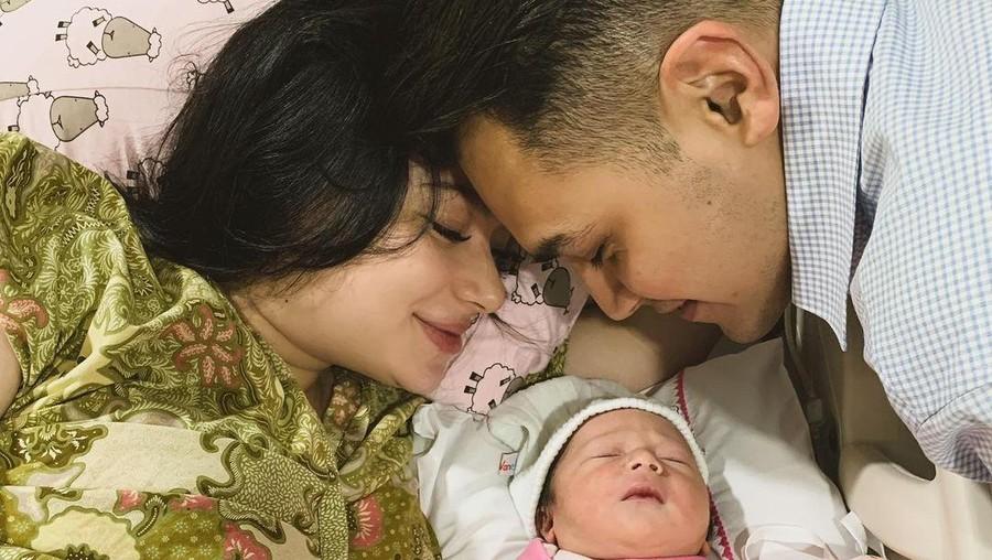 Cerita Perjuangan Asmirandah Saat Beri ASI untuk Anaknya