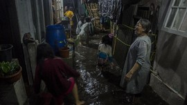 FOTO: Bandung Dikepung Banjir