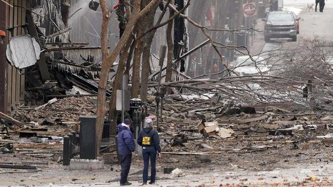 Petugas Kepolisian Metro Nashville, AS, menyatakan menemukan sisa-sisa tubuh manusia di dekat lokasi ledakan.