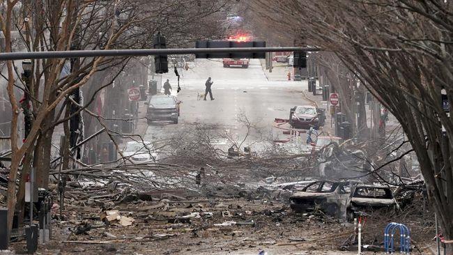 Ledakan besar terjadi saat Natal di Kota Nashville, Amerika Serikat. 20 bangunan dilaporkan rusak dan tiga orang terluka.
