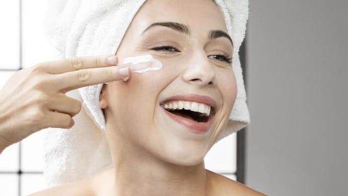 Mitos-mitos Seputar Skincare, Ada yang Masih Percaya?