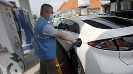 FOTO: Kejar Target 2.400 Stasiun Pengisian Kendaraan Listrik