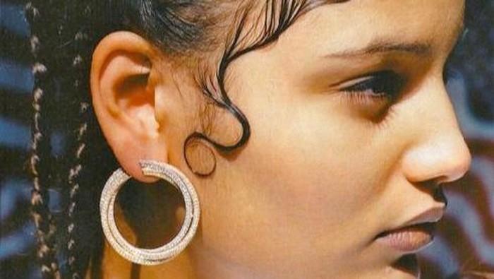 5 Tips Agar Tak Ada Lagi Masalah Anak Rambut Berantakan pada Hairlines