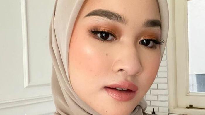 5 Tips Hijab untuk Pipi Chubby Agar Terlihat Tirus