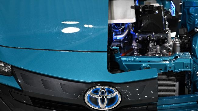 Sebelumnya sudah diberitakan Toyota akan memproduksi mobil hybrid di Indonesia mulai 2022.