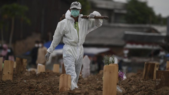 Lahan di TPU khusus jenazah Covid-19 di Jakarta nyaris penuh. Karena itu Pemprov DKI Jakarta mengizinkan pemakaman di luar TPU khusus asalkan memenuhi syarat.