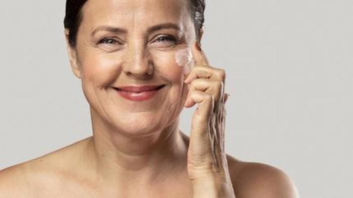 Waktu yang Tepat untuk Menggunakan Produk Anti-Aging!