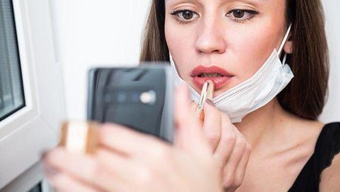 Make Up Ngantor yang Simpel di New Normal, Hanya Perlu 15 Menit Saja!