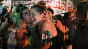 FOTO: Momen usai Argentina Legalkan UU Aborsi