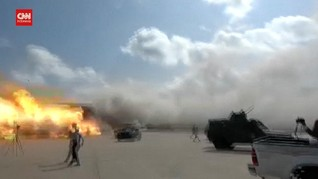 VIDEO: Detik-detik Ledakan Besar di Bandara Yaman, 26 Tewas