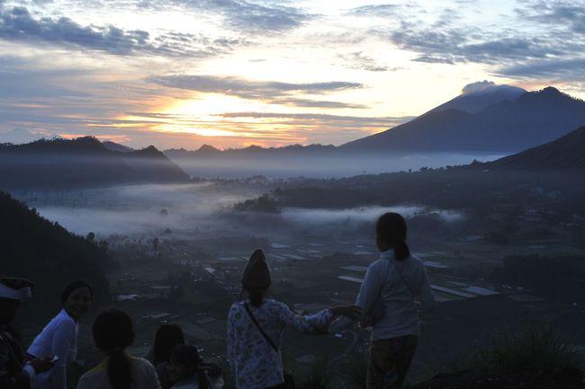 Meski sama-sama bergantung pada pariwisata, Bali dan Yogya punya alasan tersendiri memiliki kecepatan pemulihan ekonomi yang berbeda.
