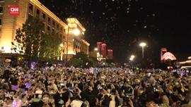 VIDEO: Semarak Tahun Baru di Wuhan, Berharap Covid Berakhir