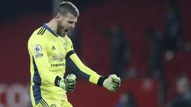 Man Utd vs Fulham: Momen Assist Brilian De Gea kepada Cavani