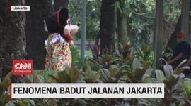 VIDEO: Maraknya Badut Jalanan Jakarta