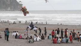 Banyak Warga Luar Daerah Berwisata ke Yogya, Terutama Pantai