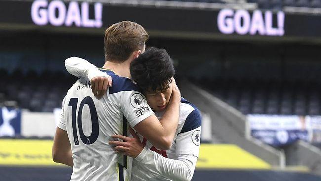 Due striker Tottenham Hotspur Harry Kane dan Son Heung Min mendekati rekor mantan duet Chelsea, Didier Drogba dan Frank Lampard.