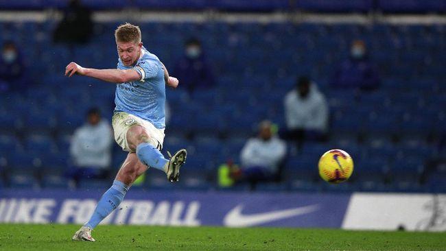Manchester City melakukan sejumlah perubahan dalam starter melawan Chelsea di Liga Inggris di Stadion Etihad, Sabtu (8/5).