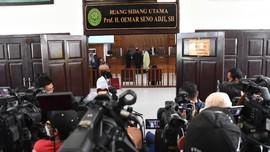 Polda Metro Tolak Hadir, Sidang Praperadilan Rizieq Ditunda