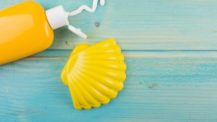 Sunscreen SPF 30 vs SPF 50: Yuk Ketahui Bedanya!