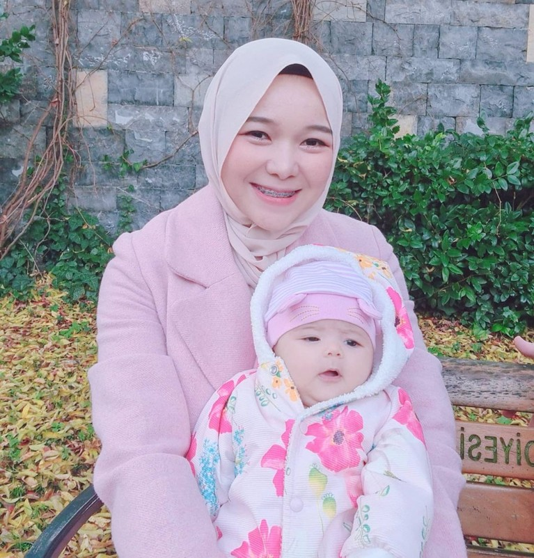 YouTuber Isti Alqadri dan baby Aycil