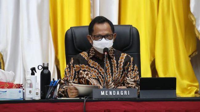 Mendagri Tito Karnavian menyatakan akan menerapkan WFH 100 persen dari semula 75 persen jika masih terjadi klaster kantor selama PPKM Jawa-Bali.